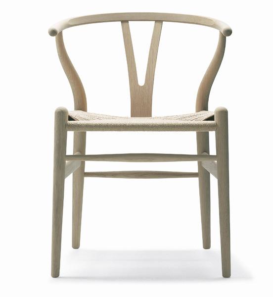 ch24-wishbone-chair-white-oiled-oak_grande