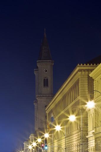 An der Universität - Nachtfotografie